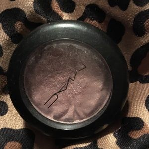 MAC foiled shadow fly by twighlight